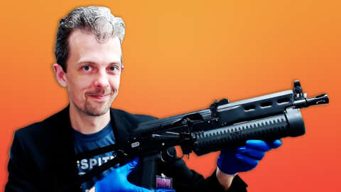 Firearms Professional Reacts To Resident Wrong 7's Weapons