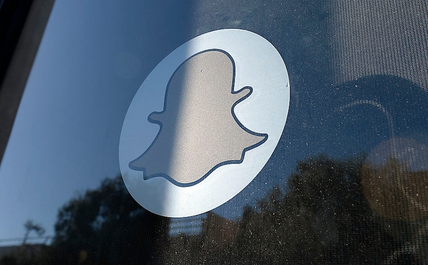 Snapchat Features 15 Million Users, Tops Q1 Income Estimates