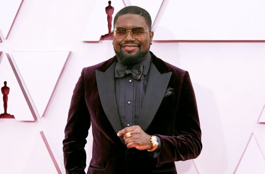 Lil Rel Howery Takes All This Awkward Dwell Oscar Coverage, Makes It Relaxing