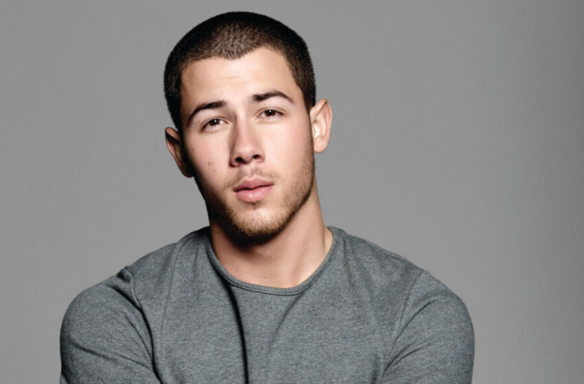 """Nick Jonas Throws Subtle Shade at Disney Channel for Cancelling Jonas After """"Just 2 Seasons"""""""