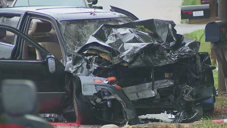 Stolen car packed with 6 people slams into vehicle in Atlanta