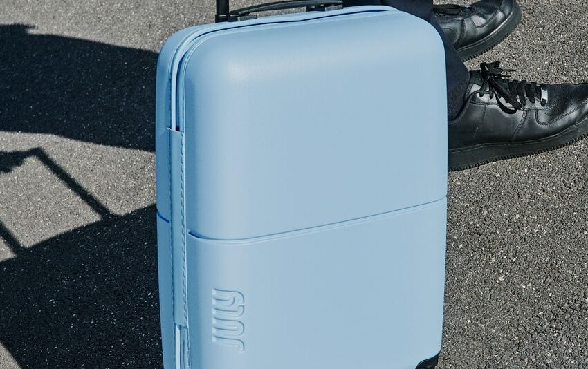 The 'world's lightest' hardcase elevate-on is, smartly, quite damn gentle. And that is the reason about it.
