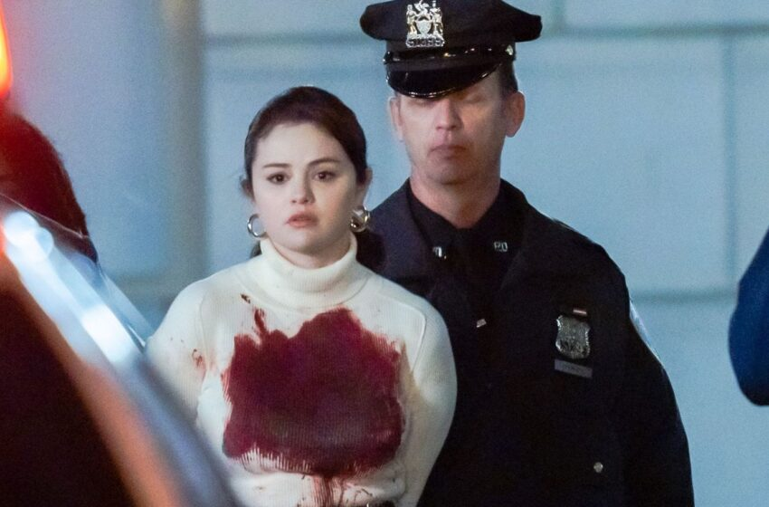 Appears to be like Like Selena Gomez Stabs Somebody in the Trailer for Her New Series