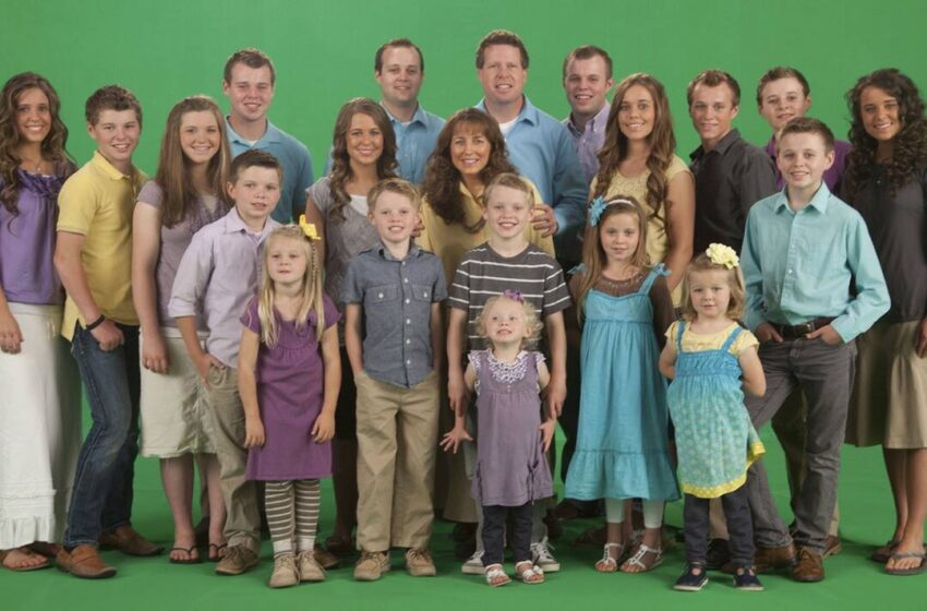 TLC Officially Cuts Ties With the Duggar Family 2 Months After Josh Duggar's Arrest