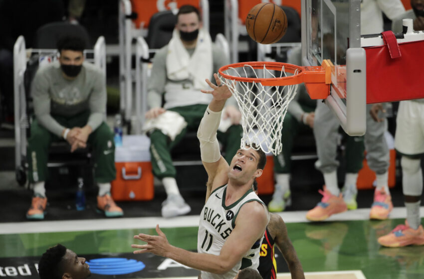 Brook Lopez, Bucks Beat Hawks in Sport 5 with Giannis, Trae Young out with Injuries