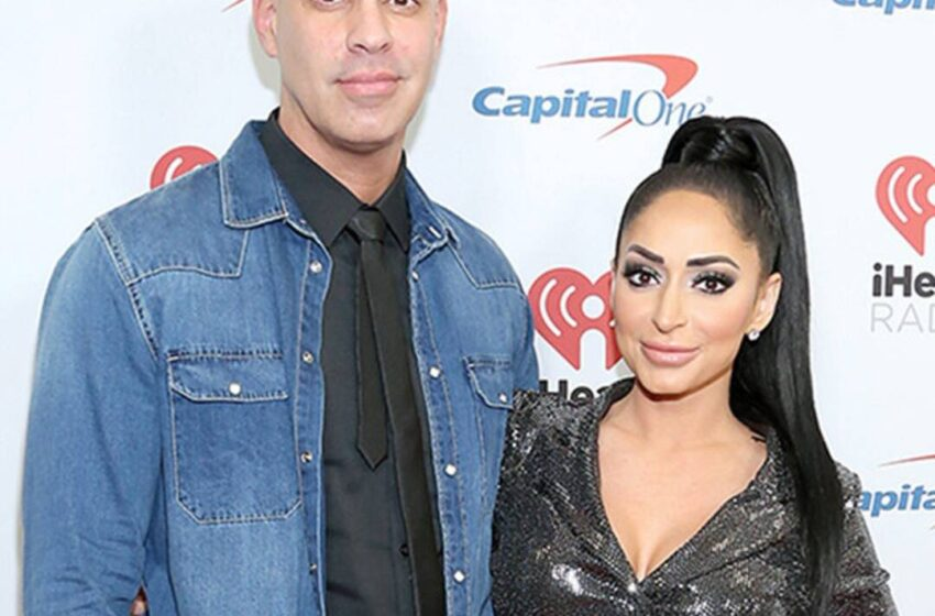 Jersey Shore's Angelina Pivarnick Files for Divorce—Nonetheless She Can also No longer Be Performed With Chris Larangeira