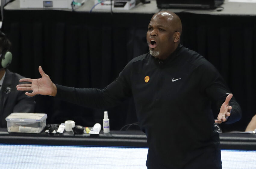 Hawks' Nate McMillan Says He Sees 'a Lot' of Paul George in Cam Reddish