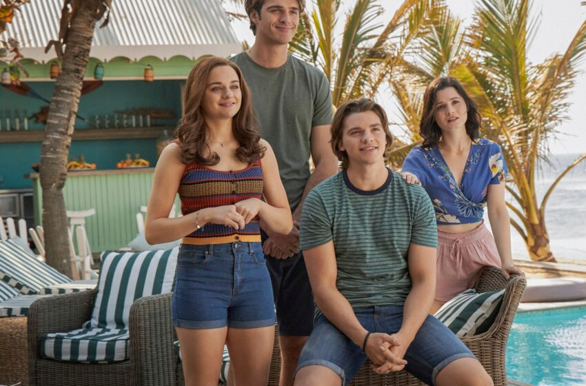 The Trailer for 'The Kissing Booth 3' Is Right here!