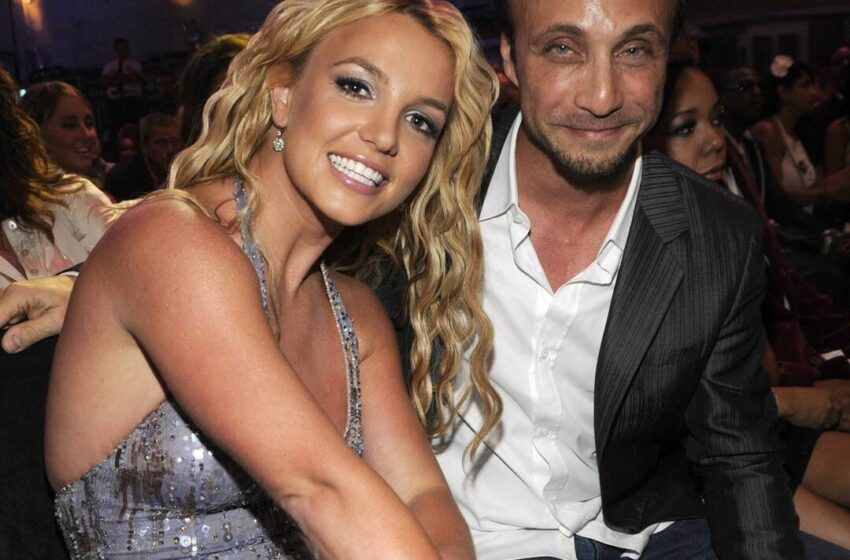 Why Britney Spears' Longtime Supervisor Larry Rudolph Perfect Resigned