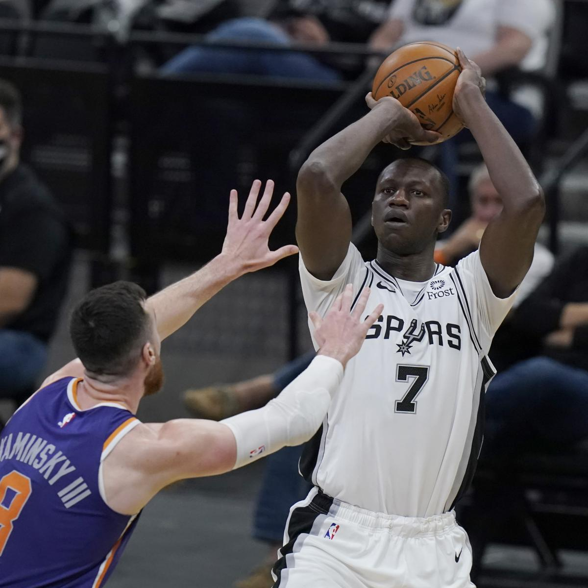 Gorgui Dieng, Hawks Reportedly Conform to 1-365 days, $4M Contract in Free Company