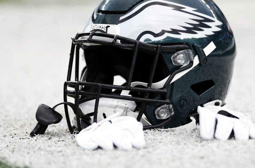 Free-Agent Contracts Eagles Must Pursue After Preseason
