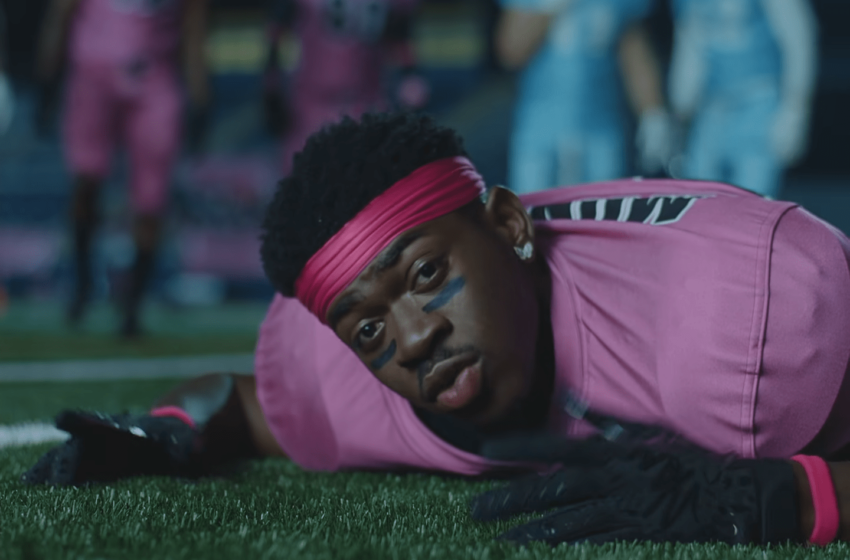 """Lil Nas X Drops Contemporary Video For """"That's What I Desire"""""""