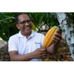 Beneficiary of a conducting supported by the JBS Fund for the Amazon goes to the ultimate of the Worldwide Cocoa Award